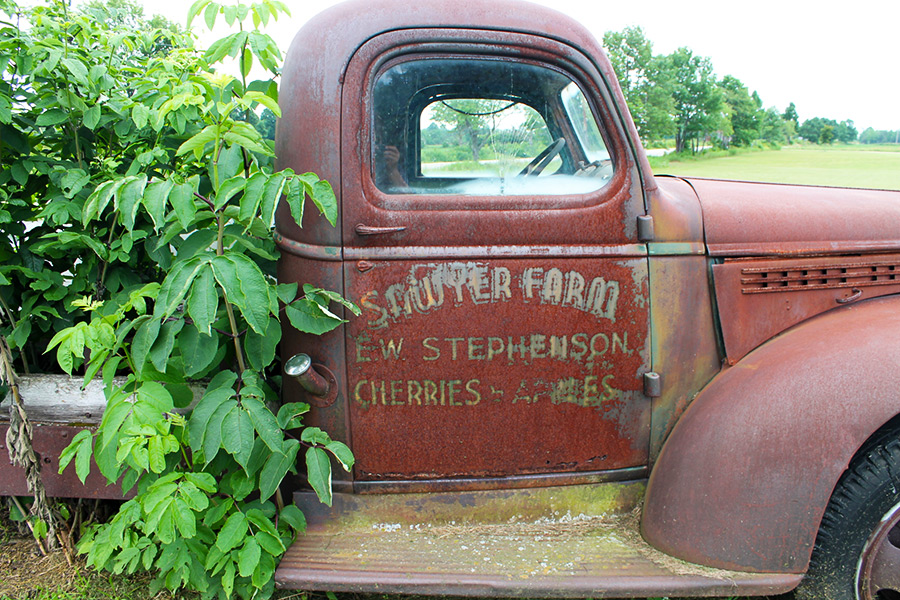 Door County Antiques, Koepsels Farm Market, Baileys  Harbor,Jacksonport,Wisconsin,unique - Door County Antiques - Koepsel's Farm Market Since 1958 ~ Antique